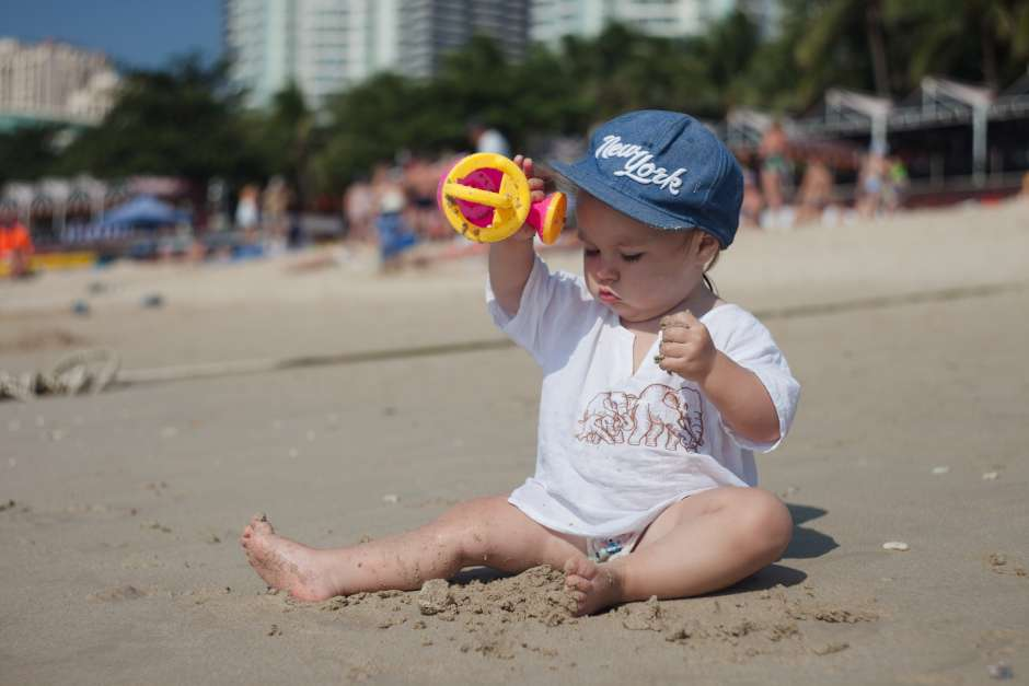 shutterstock-baby-beach